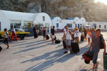 ARRIVING TO SANTORINI